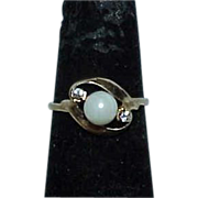 14K Gold Pearl White Sapphire Estate Ring