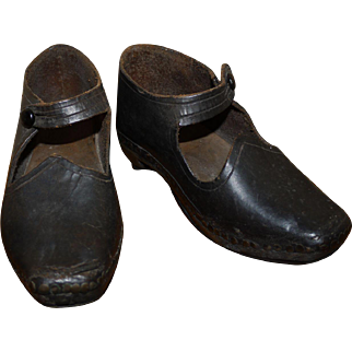 Antique Children's clogs