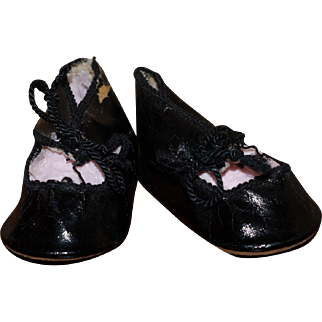 Antique German doll shoes