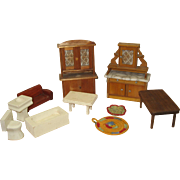 Lot of dollhouse furniture
