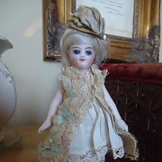 Beautiful Attic Condition French All Bisque with Bare Feet