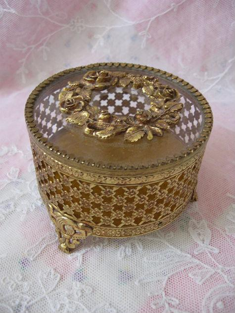 Vintage Jewelry Casket or Trinket Box with Roses