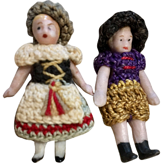 "2 Wonderful 1.5"" All Bisque German Carl Horn Doll Boy Girl Pair Crochet Outfits with Hat"