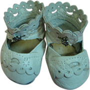 Cute Pair of Ecru Leather Shoes for an Antique Toddler or Doll with Fat Feet