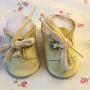 Original White Tiny Tears Oilcloth Shoes #2