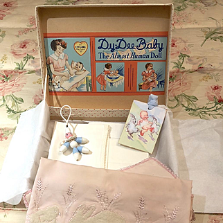 193o's Effanbee Dy-Dee Doll DELUXE FAO Schwarz SPECIAL Edition Silk Blanket Pram / Carriage / Buggy / Crib SET -- Small to Medium