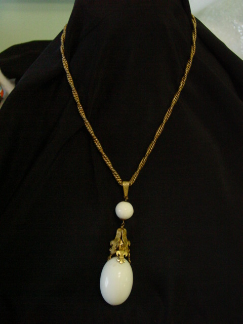 Art Nouveau Necklace w Fleur De Lis n Huge Glass Stone