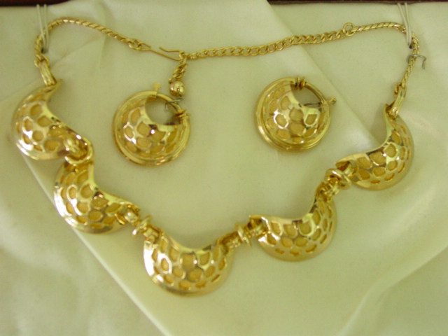 Regel Scallop Mesh Line Necklace & Earring Demi Parure