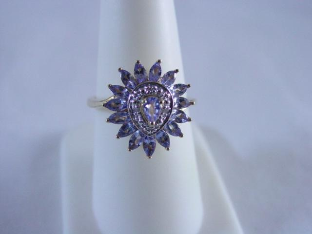 14KT YG Tanzanite & Diamond Ring
