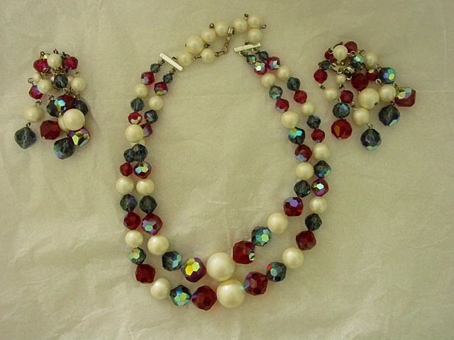 Laguna Set of Crystal and Faux Pearl Necklace  & Dangle Earrings Demi