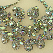 Weiss Necklace Bracelet Earring Parure Set