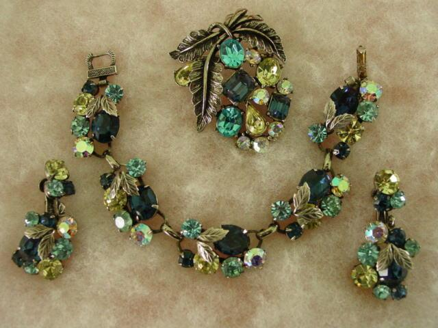 Coro Layered Floral Blue& Yellow RS w Aurora Borealis Pat. Pend. Parure