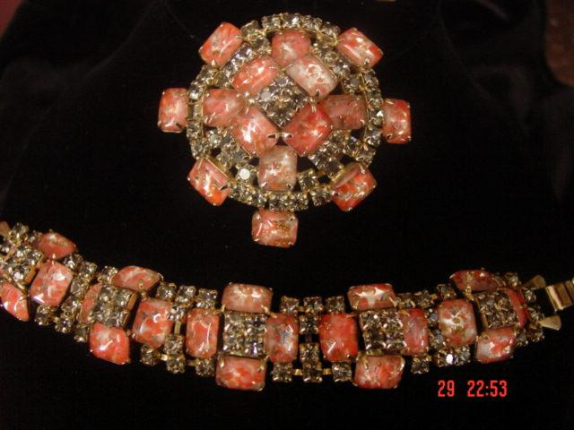 Fabulous Art Glass & Black Rhinestone Parure