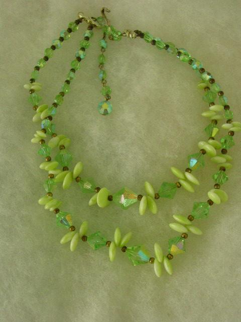 Vintage Lime Green Crystal & Green Pea Pod Glass 2 Tier Necklace