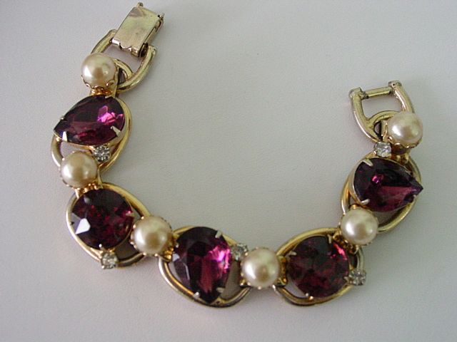 D&E Juliana Bracelet with Big Purple Rhinestones and White Imitation Pearls