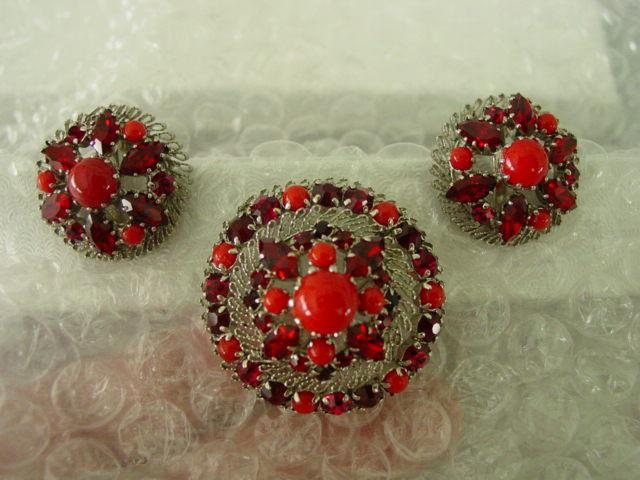 Vintage Multi Layer Red Cabochon & Rhinestone Austria Demi Parure