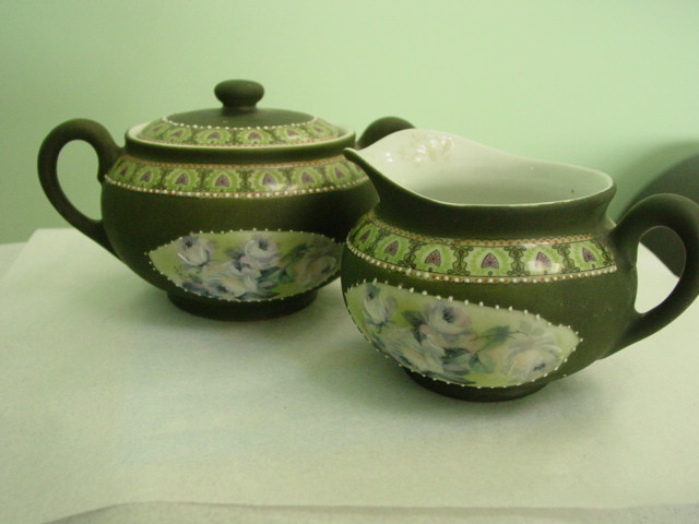 Royal Bayreuth Bavaria Dark Green Jasperware Like Finish Creamer Lid sugar Bowl