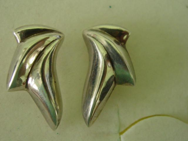 Vintage Pair of Sterling Silver Abstract Fan Wave Earrings