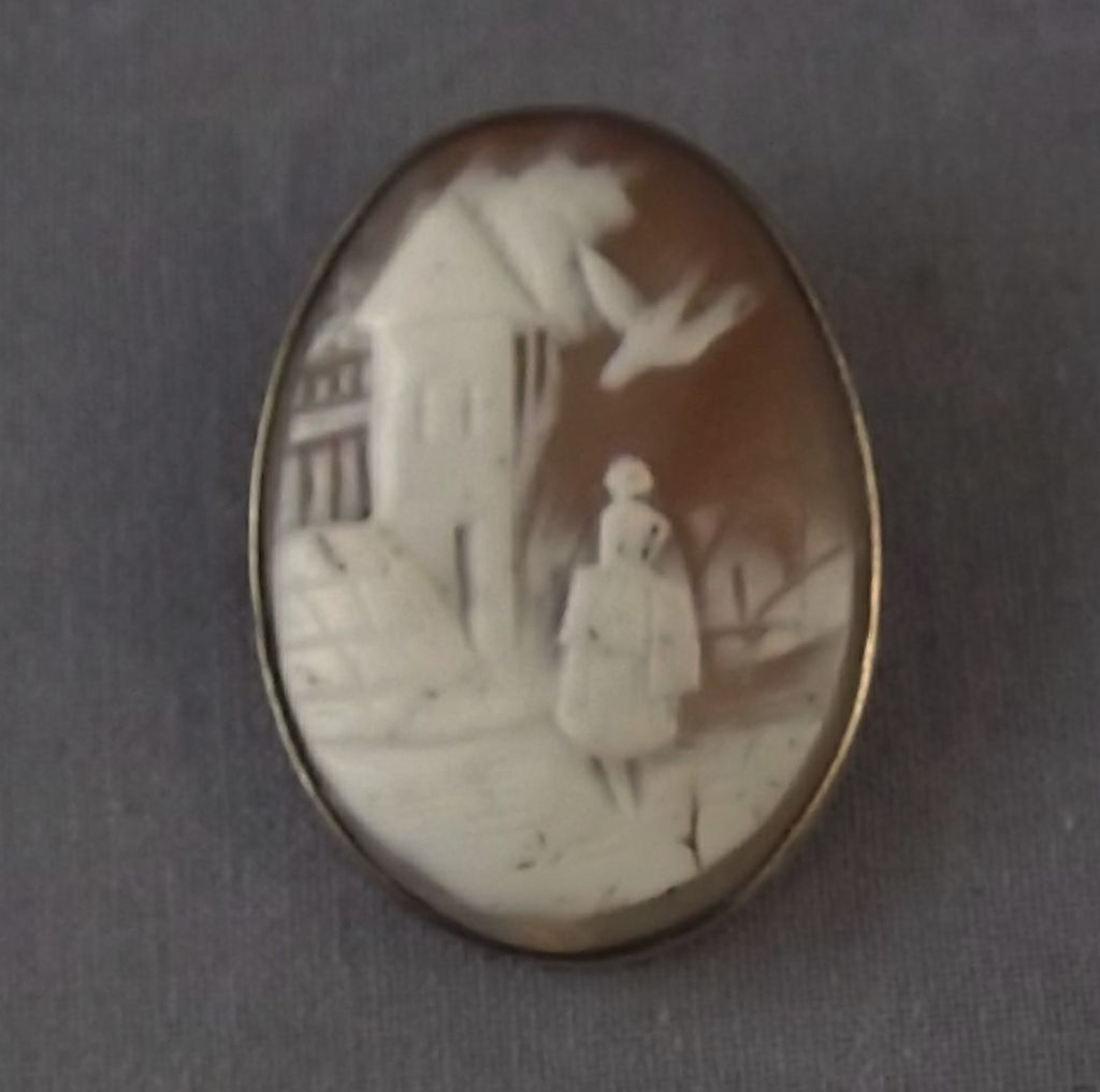 Old Scenic Carved Shell Cameo in Gold Filled Mount