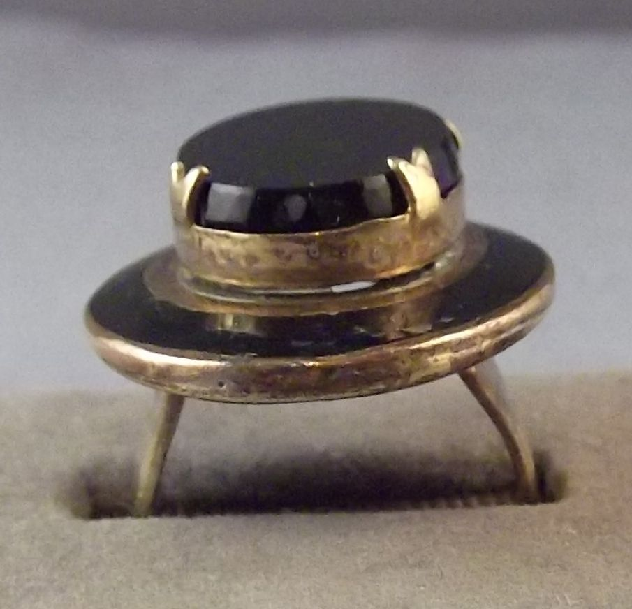 Old Chunky Adjustable Black Glass or Onyx & Enamel Ring / Hat Shaped