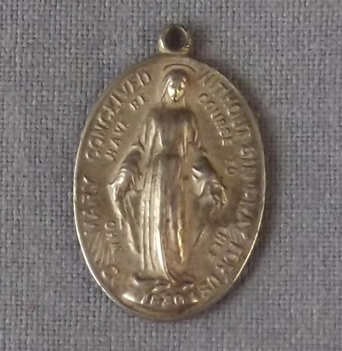 "Vintage Sterling Miraculous Mary 7/8"" x 5/8"" Medal Charm Pendant"