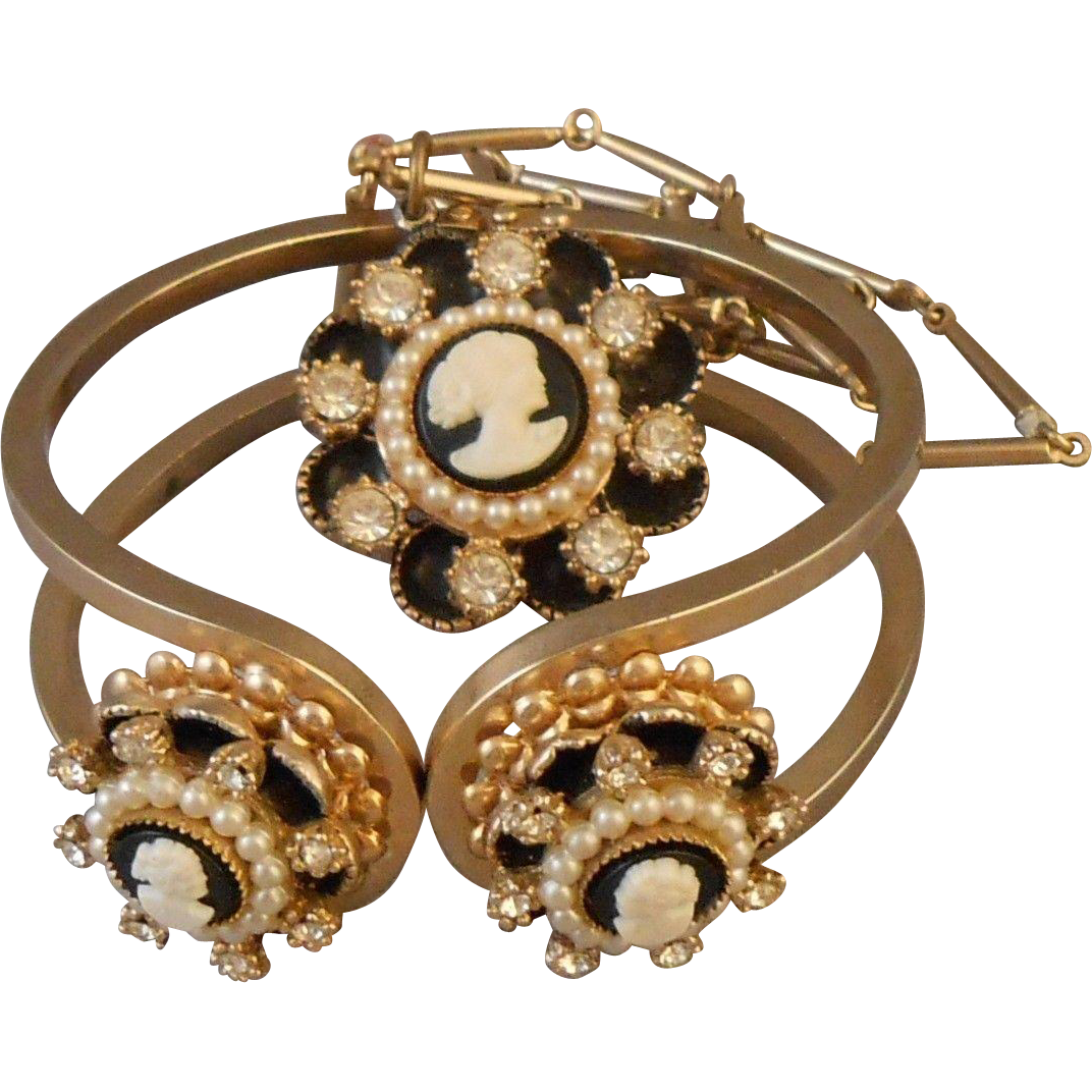 Vintage Faux Cameo Hinged Clamper Bracelet & Necklace Pearl & Enamel Accents