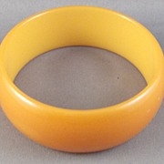 "Butterscotch Bakelite 1"" Bangle Bracelet"