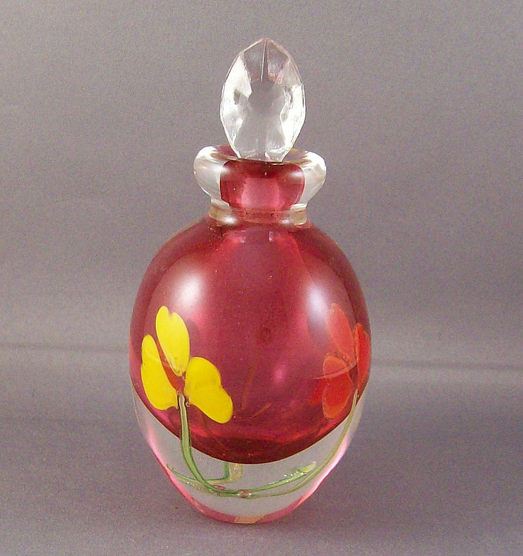 Beautiful cranberry art glass perfume bottle with flowers for Flowers in glass bottles