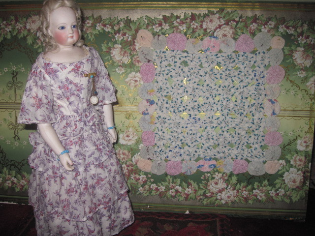 BEAUTIFUL Vintage Hand Made Miniature Doll Quilt!