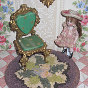 CHARMING Vintage Hand Hooked Miniature Round Floral Dollhouse Rug