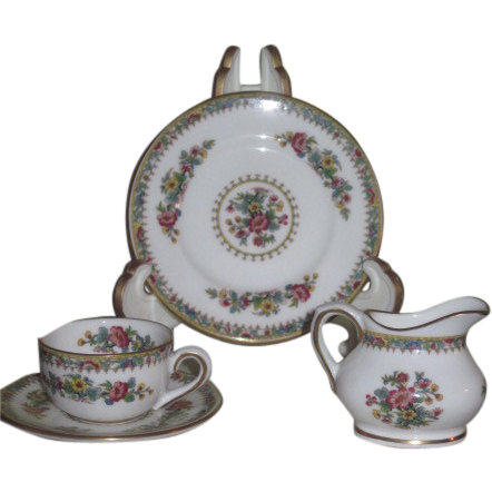 "RARE Vintage Miniature English Coalport ""Ming Rose"" Bone China Tea Set for FASHION DOLLS!"