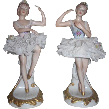 "BEAUTIFUL Pair of 7"" Capodimonte Porcelain Ballerina Figurines~AS FOUND!"