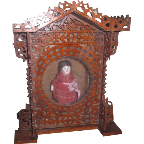 CHARMING Antique Carved Wooden Fretwork Mantel Clock Display Case in Shape of DOLLHOUSE!