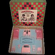 RARE 1920's Complete 8 Piece Pink Enamel Miniature Tootsie Toy Dollhouse Bedroom Set in Original Box!