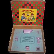 RARE 1920's 8 Piece Tootsie Toy Miniature Lilac Enamel Dollhouse Bathroom Set in Original Box!
