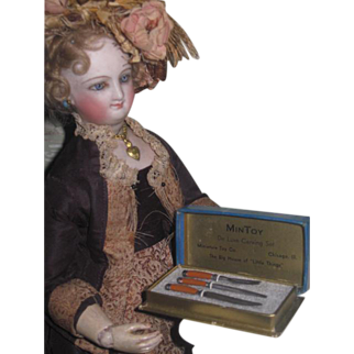 REALISTIC Miniature Vintage Boxed Carving Set for your FASHION DOLL!
