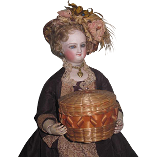 SWEET Antique Miniature Round Lidded Wicker Basket for FASHION DOLLS!