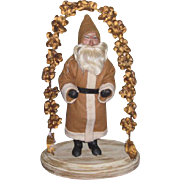CHARMING Old World Style Artist Santa Figurine!