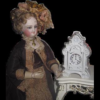 SWEET Vintage Miniature Hand Painted Porcelain Mantel Clock for your POUPEE!