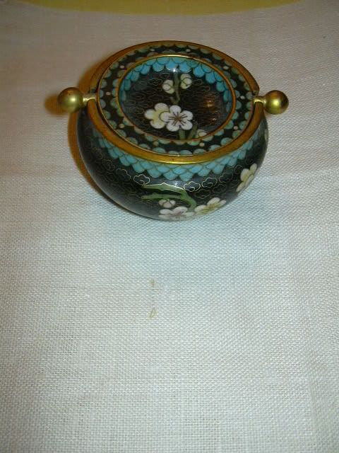 Chinese Cloisonne 2 Piece Ashtray