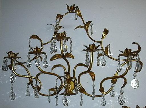 Italian Florentine Gold Gilt Elegant Large Wall Sconce