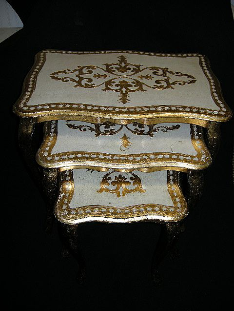 Set 3 Italian Florentine Nested Tables Gold Gilt & Hand Painted Wood