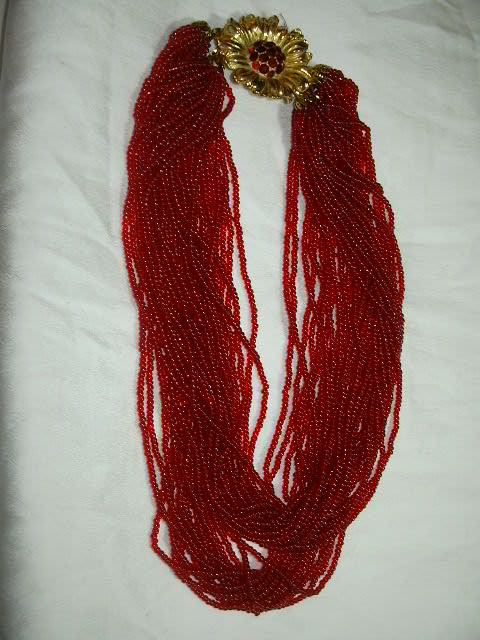 Vintage Red Beads Necklace