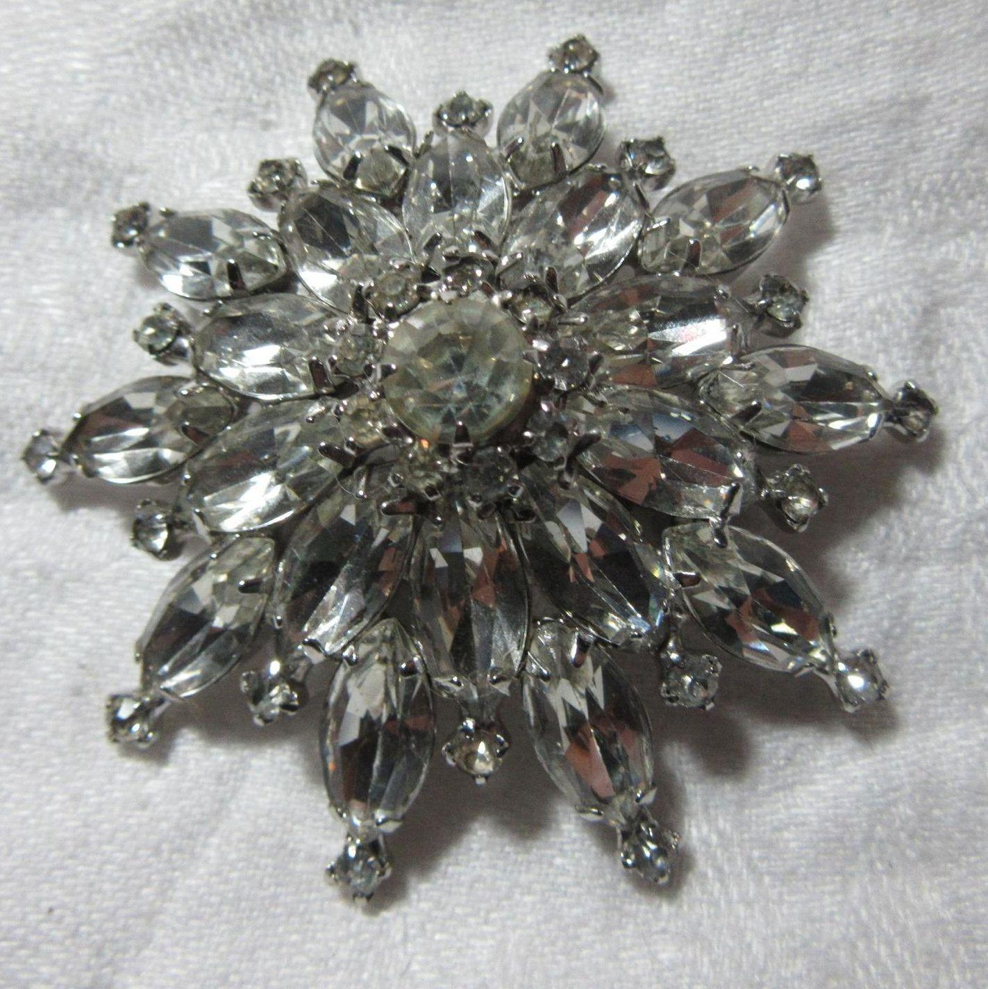 Kramer Large Rhinestone Star Brooch Pin