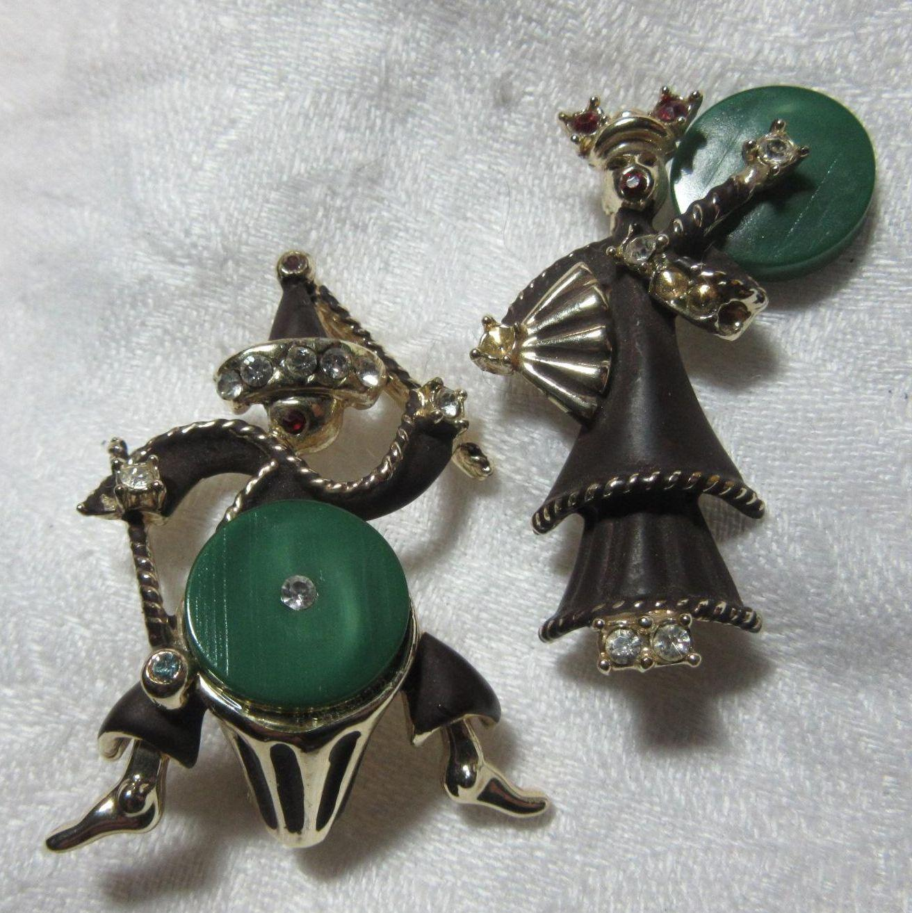 Set 3 Old Musician Pins Drummer Snake Charmer With Flute & Singer