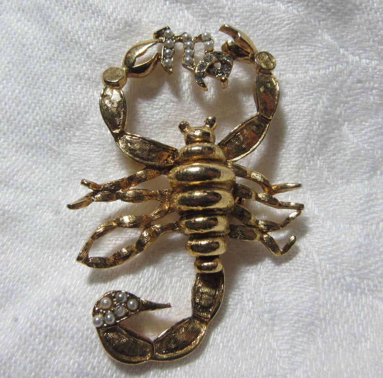 Scorpion PIn Ma In Faux Pearls Scorpio