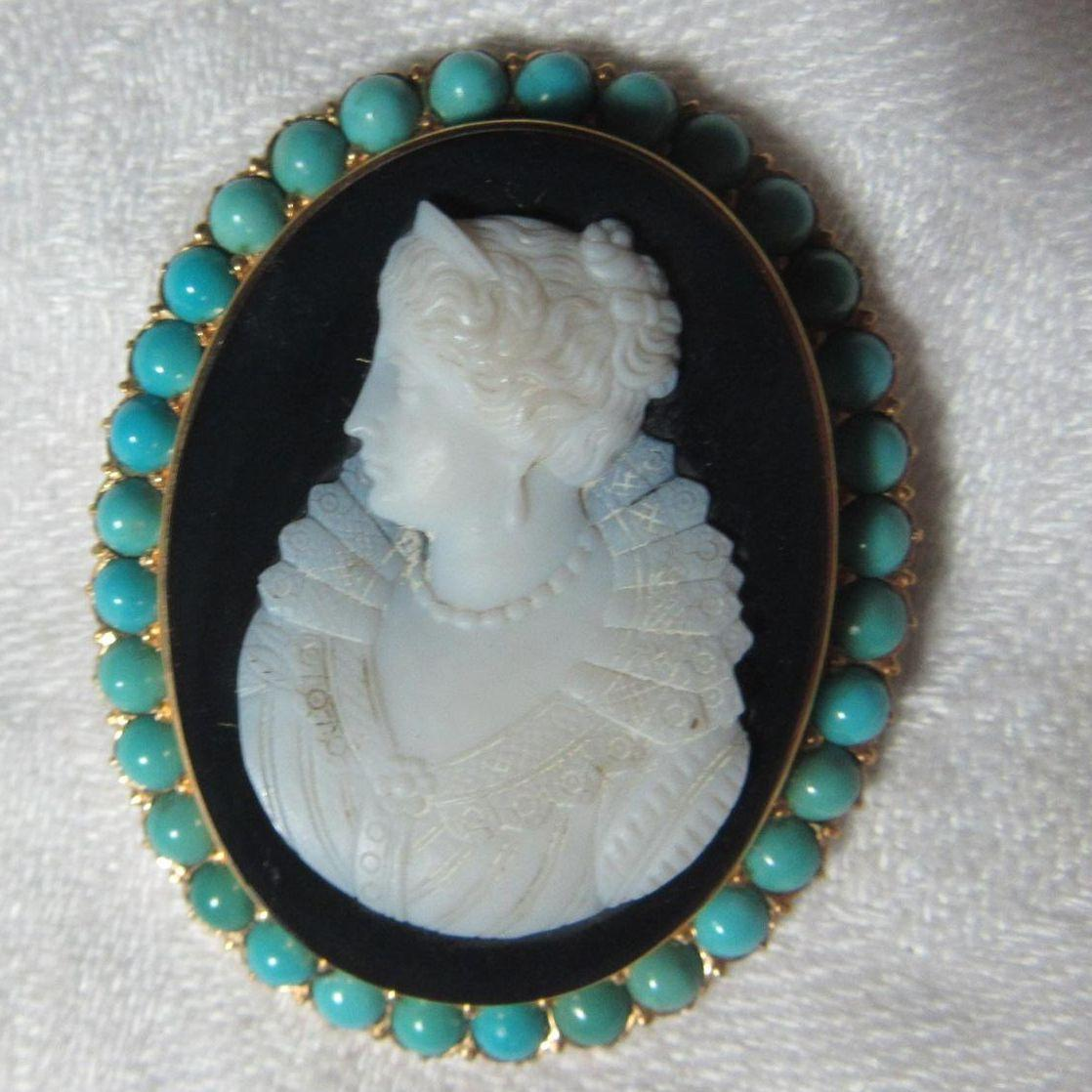 18K Gold Antique Hardstone Cameo With Persian Turquoise