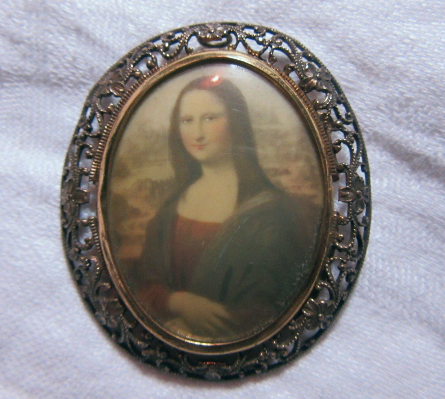 Mona Lisa Art Brooch