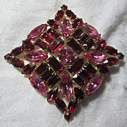 Red Pink Rhinestone Fabulous Brooch Unsigned American Designer Costume Pin