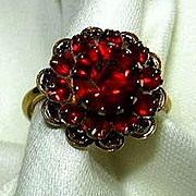 Sarah Coventry Red Rhinestone Ring